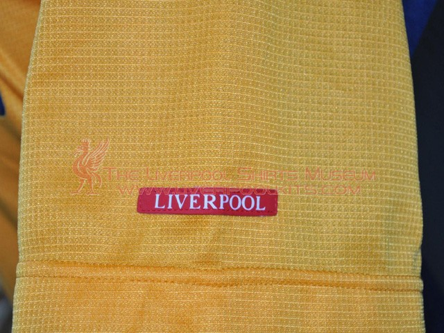 Additions to the Liverpool Shirts Museum - Page 22 LFC00PA-c