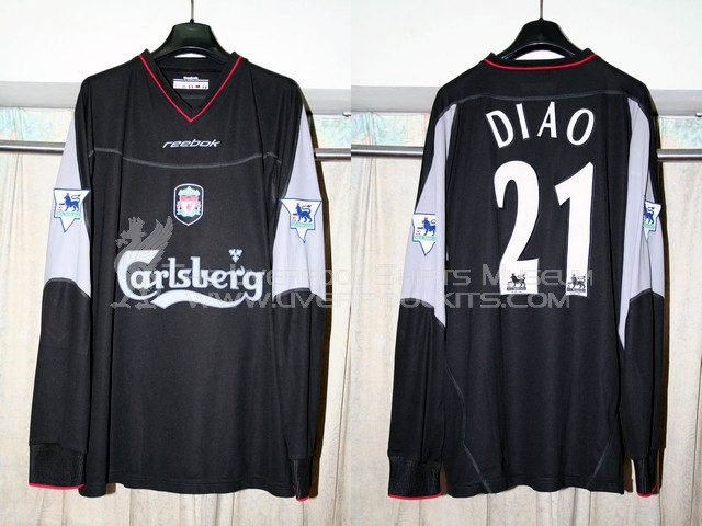 Liverpool 2002-2003 Away Player Shirt (with big Carlsberg)